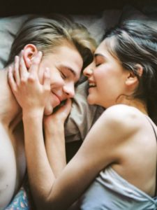 how to many my partner stop snoring